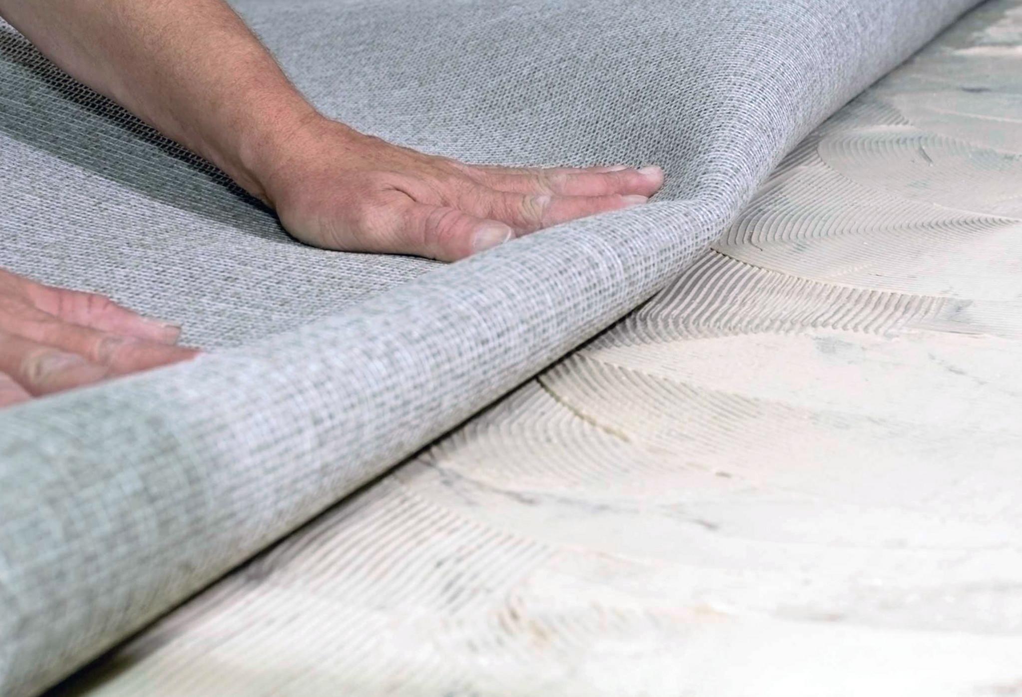 Укладка ковролина на клей